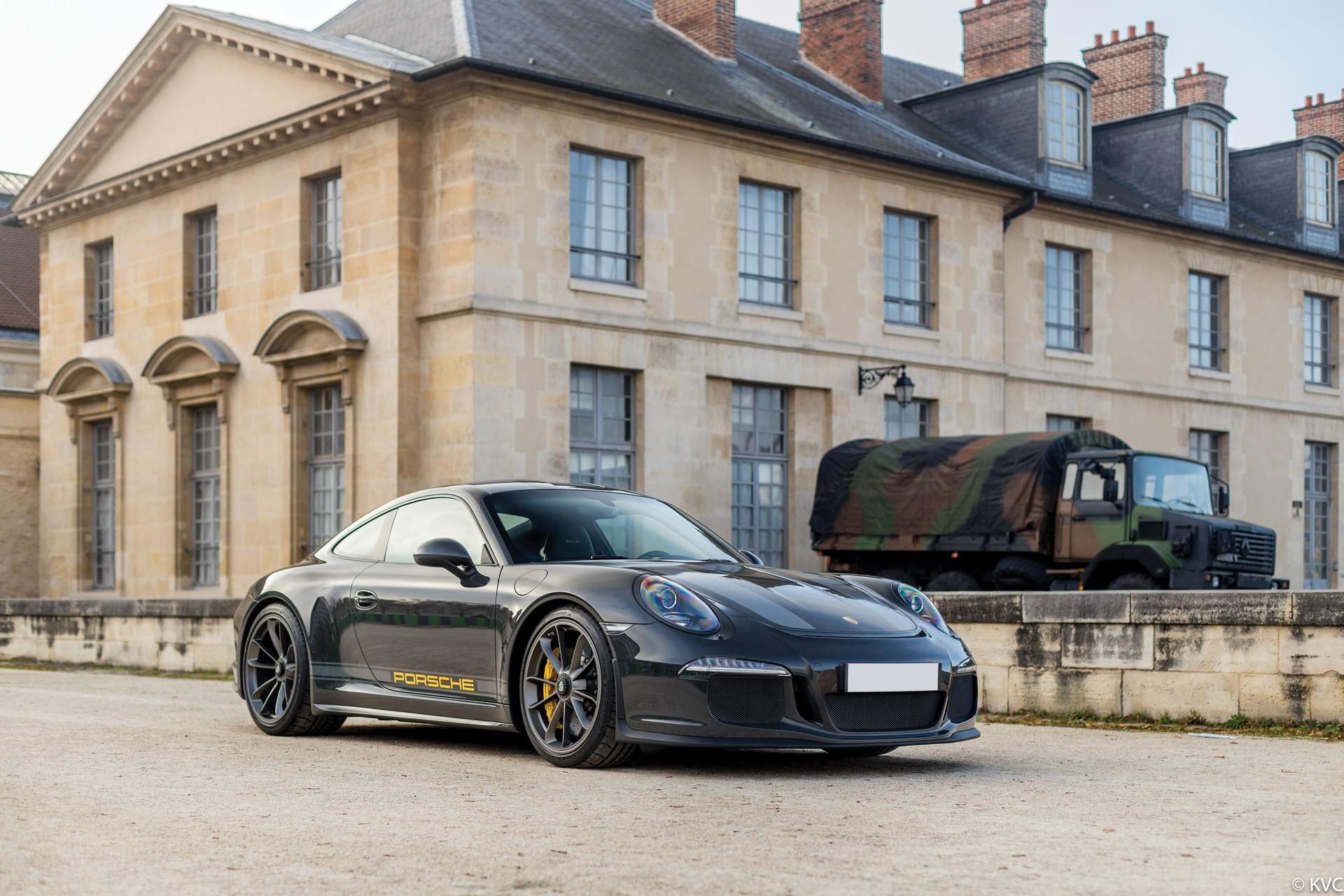 Porsche 911 R in auction (1)