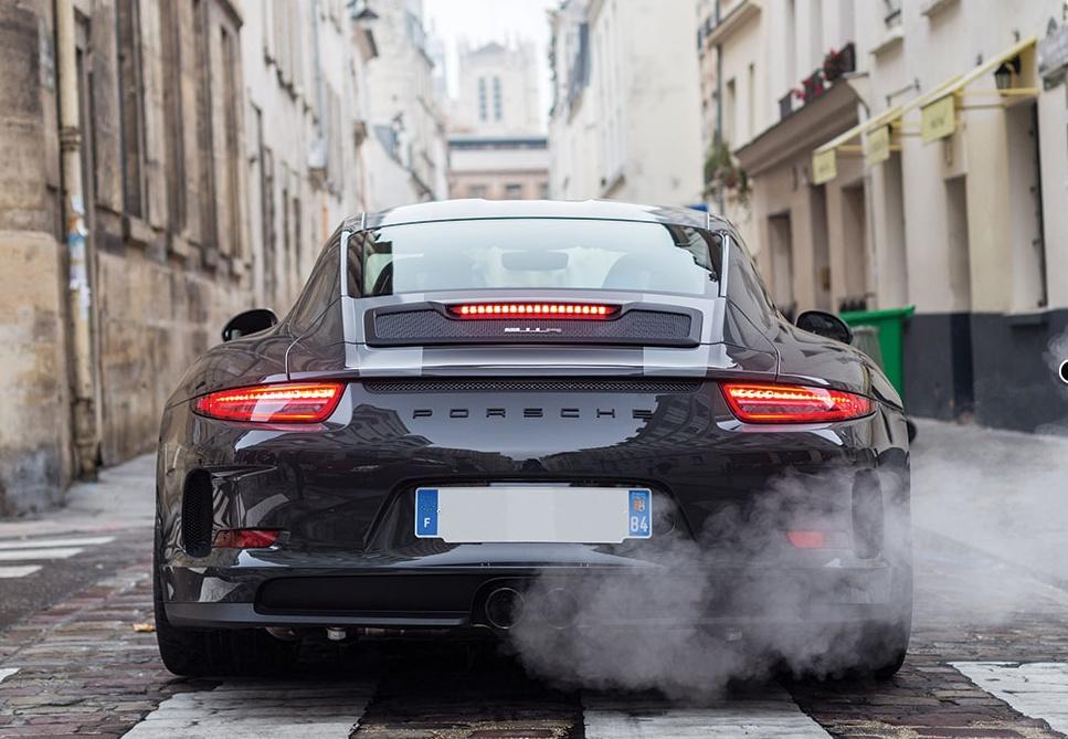 Porsche 911 R in auction (11)