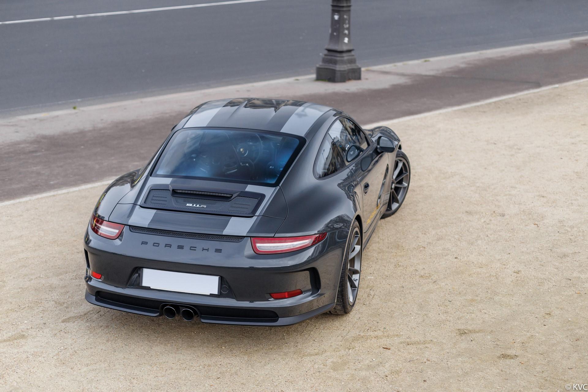 Porsche 911 R in auction (2)