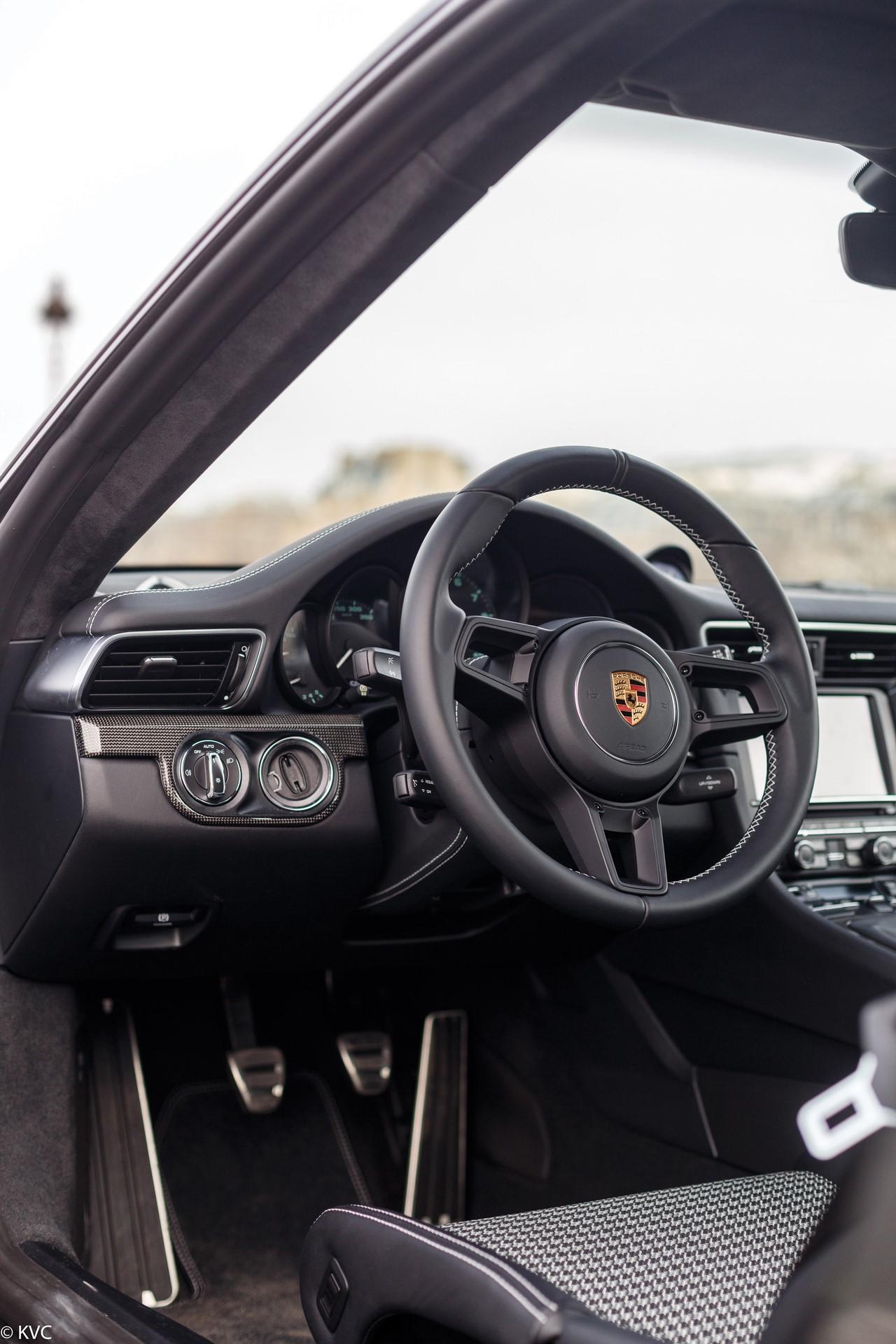 Porsche 911 R in auction (3)