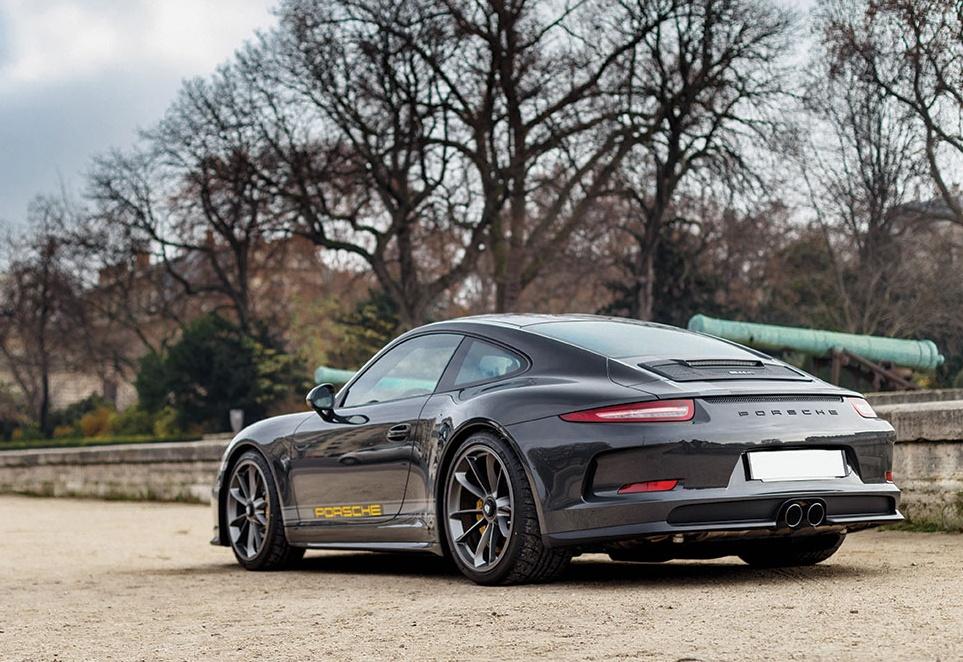 Porsche 911 R in auction (9)