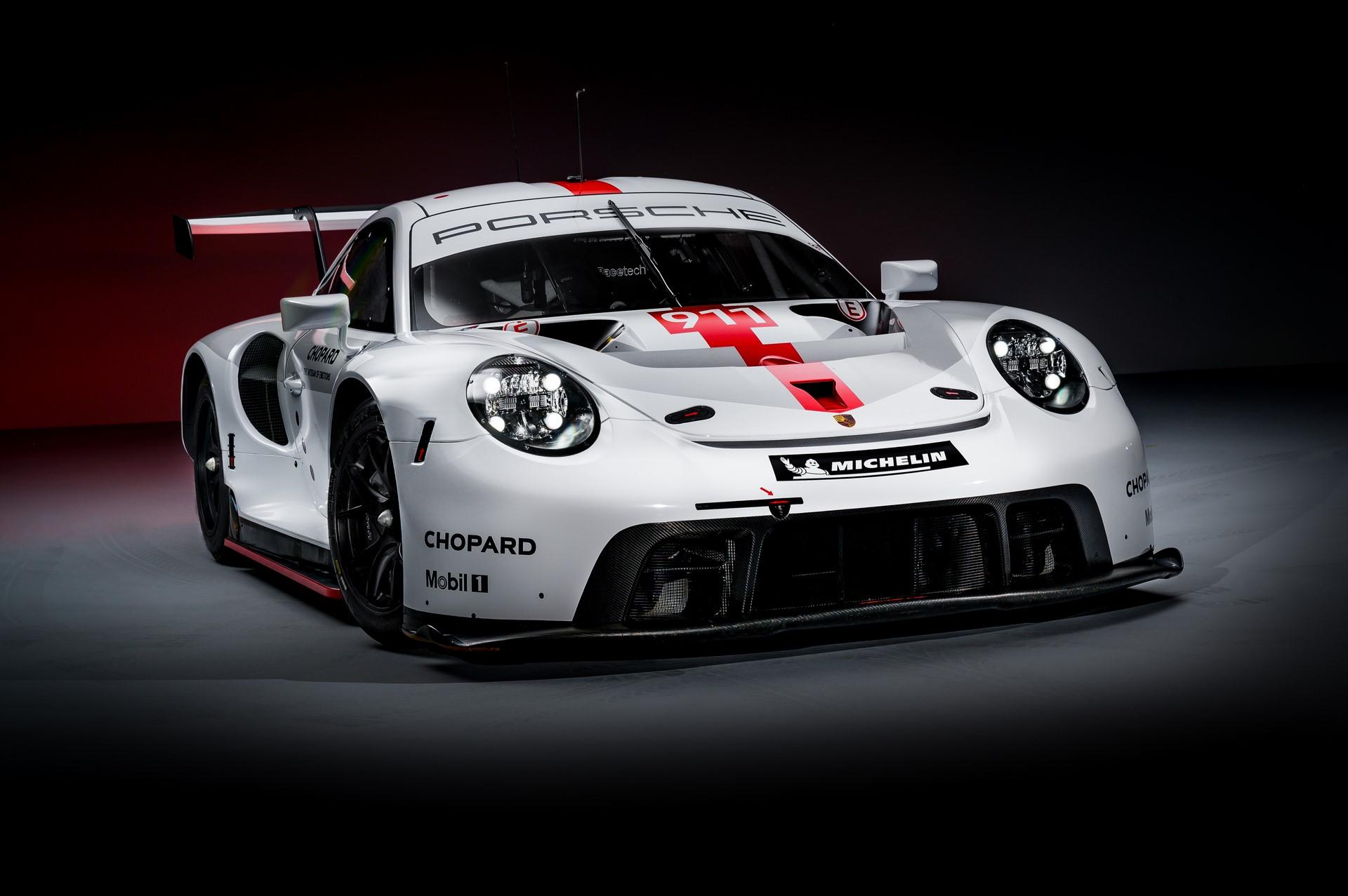 Porsche-911-RSR-2019-1