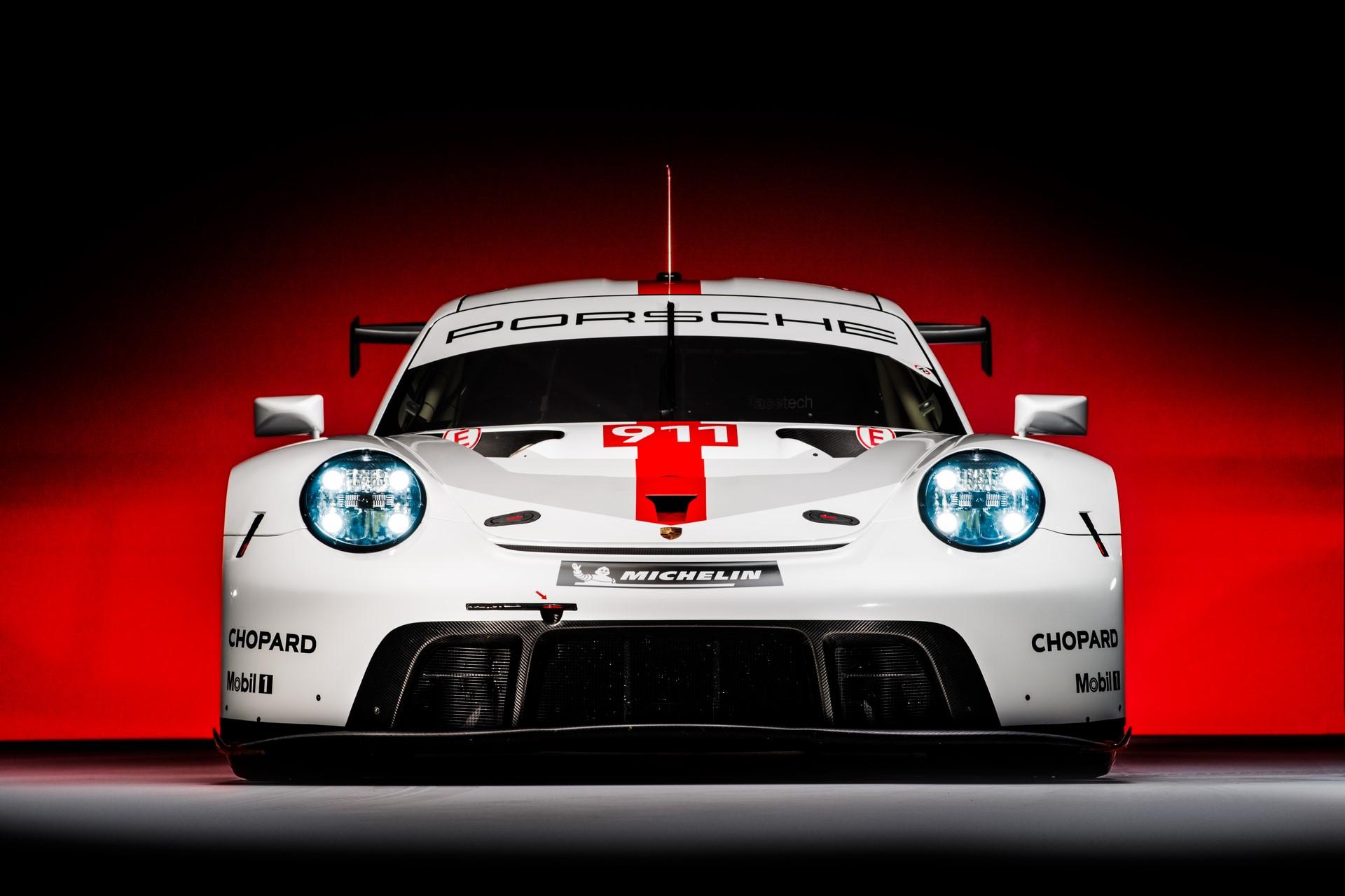 Porsche-911-RSR-2019-12