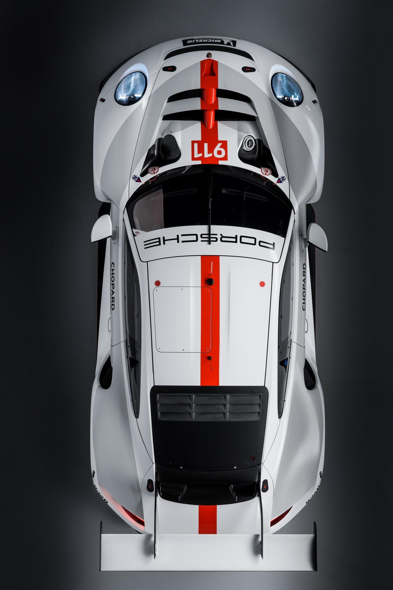 Porsche-911-RSR-2019-14