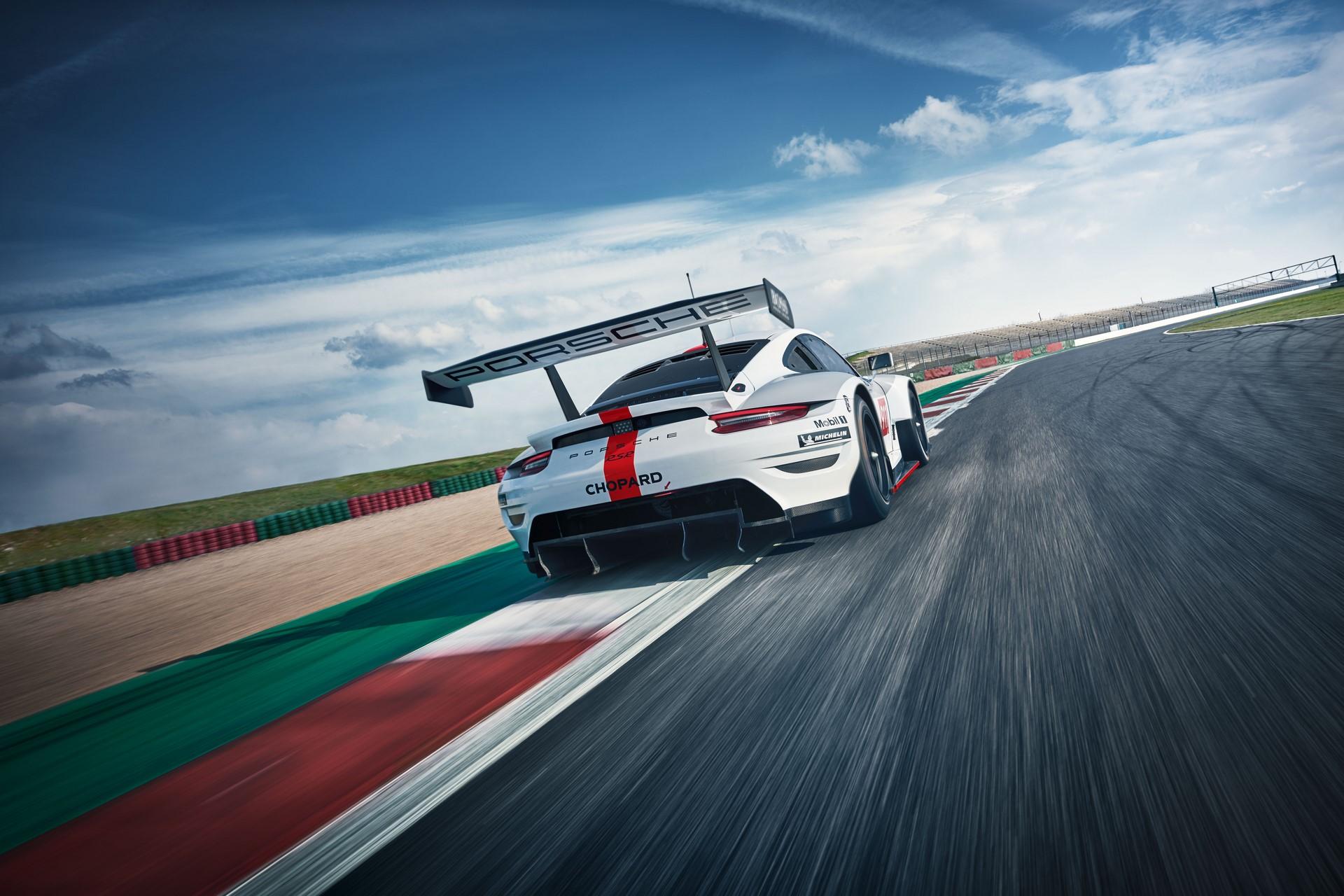 Porsche-911-RSR-2019-6