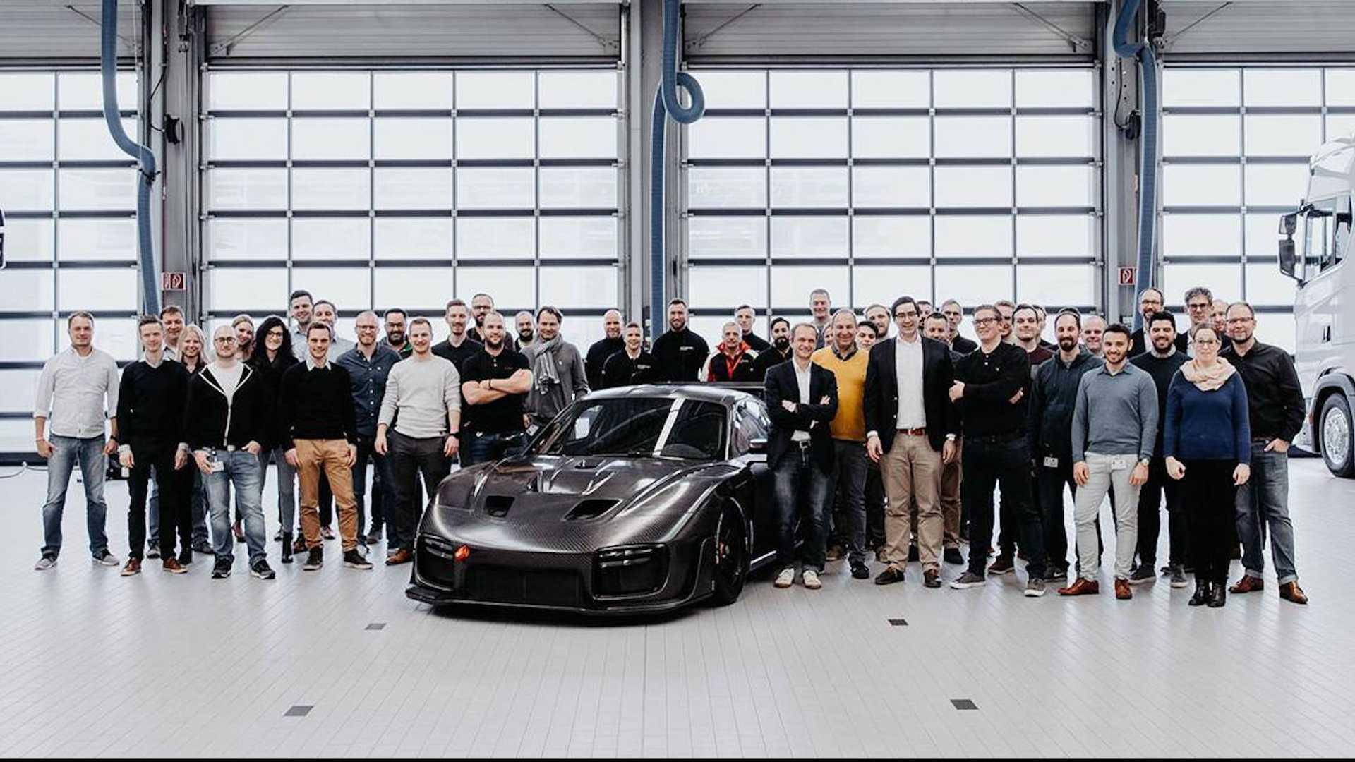 Porsche_935_Carbon_Fiber_0001