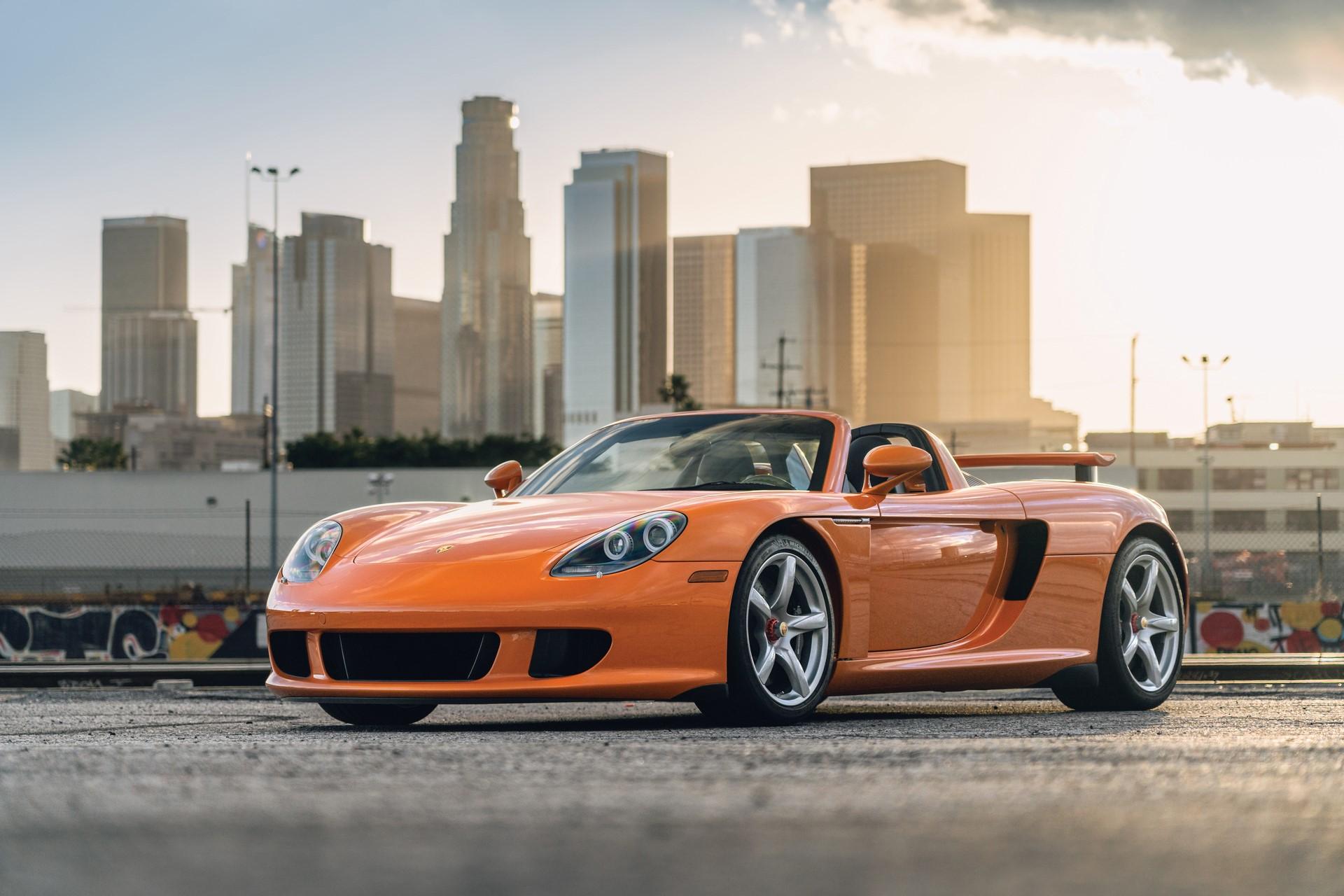 2005-Porsche-Carrera-GT-_0