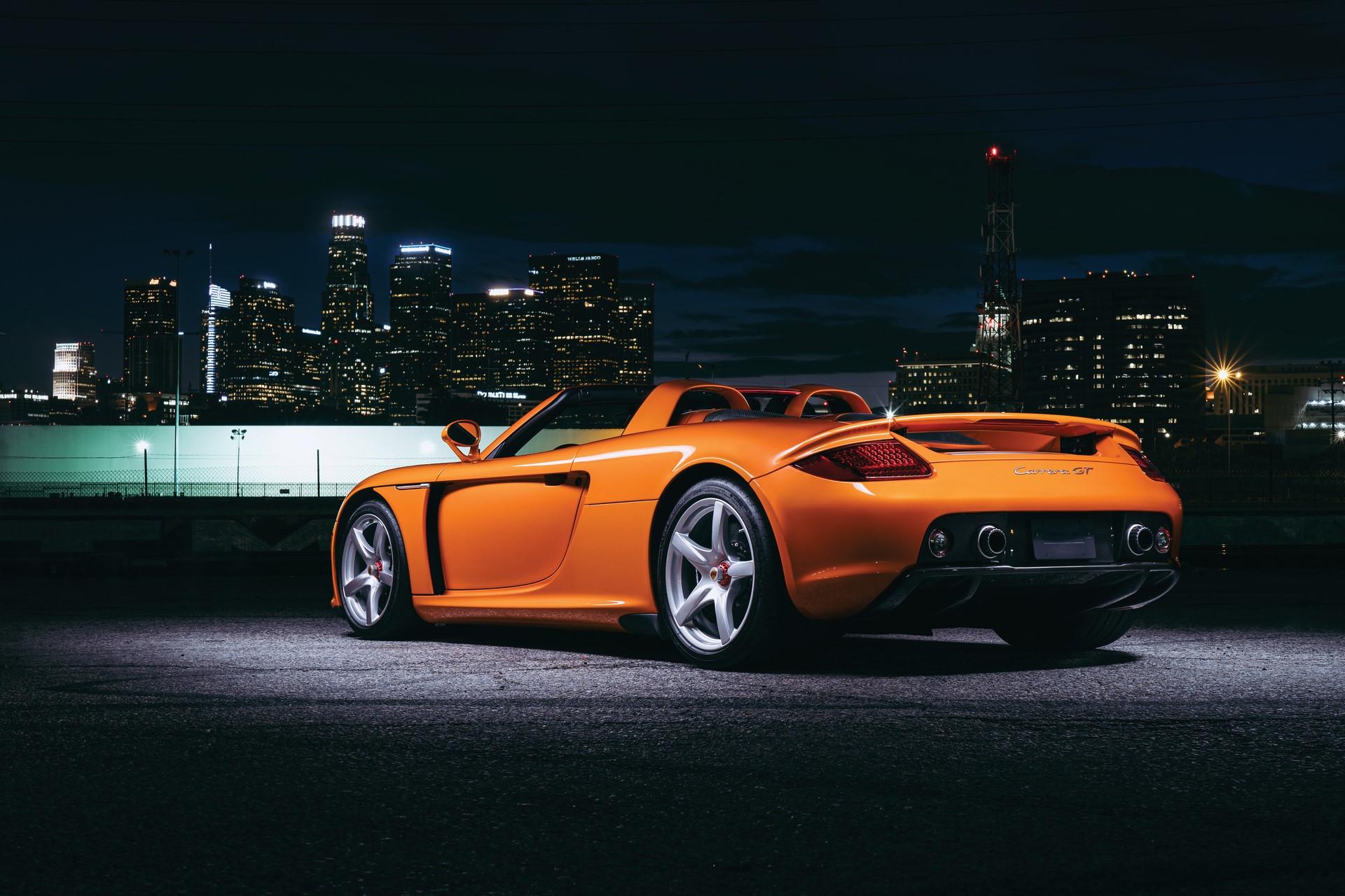 2005-Porsche-Carrera-GT-_22