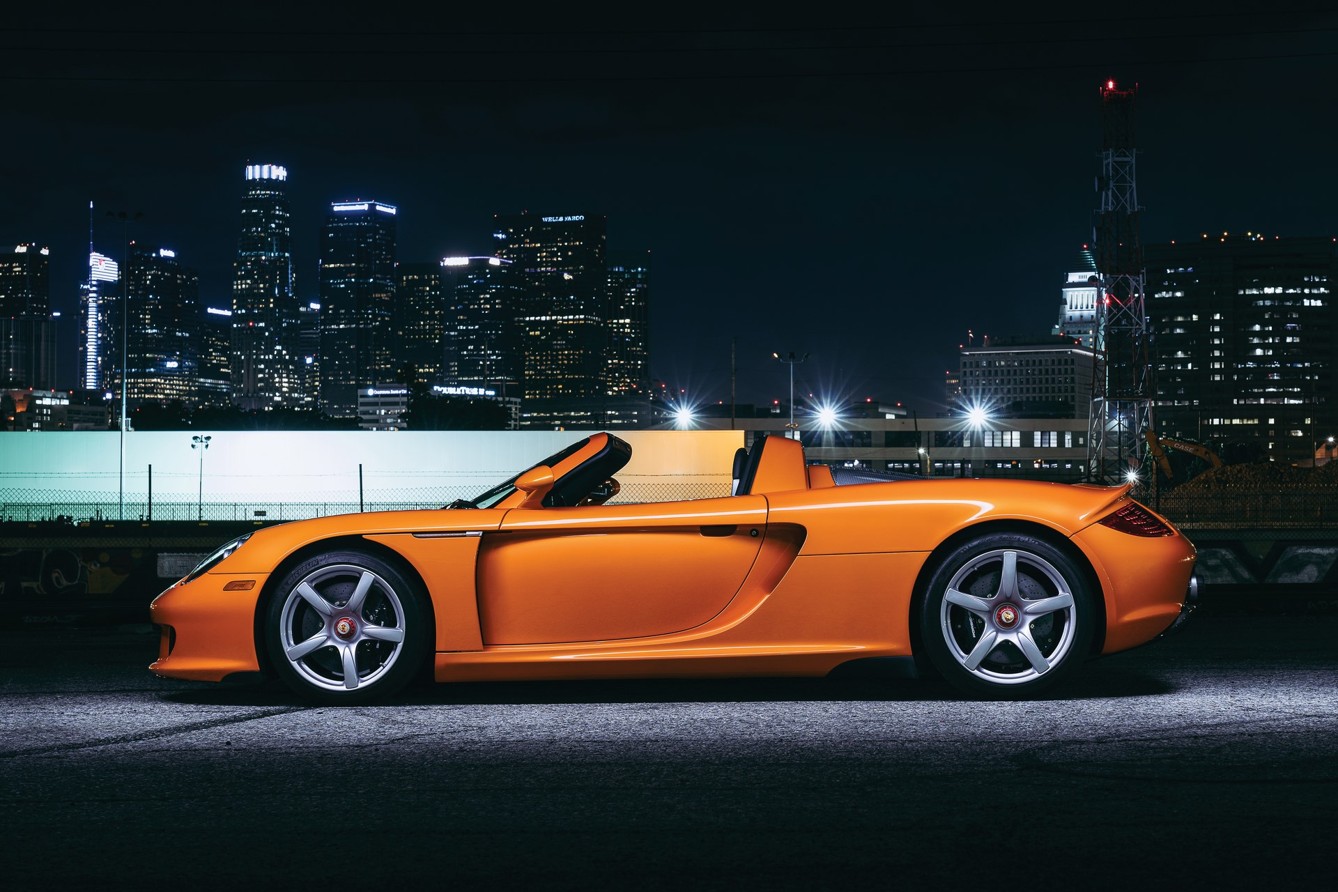 2005-Porsche-Carrera-GT-_23
