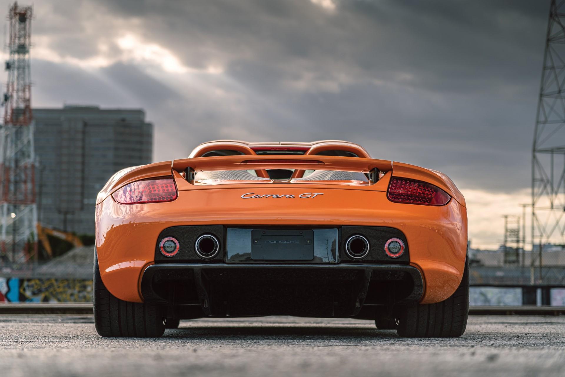 2005-Porsche-Carrera-GT-_6