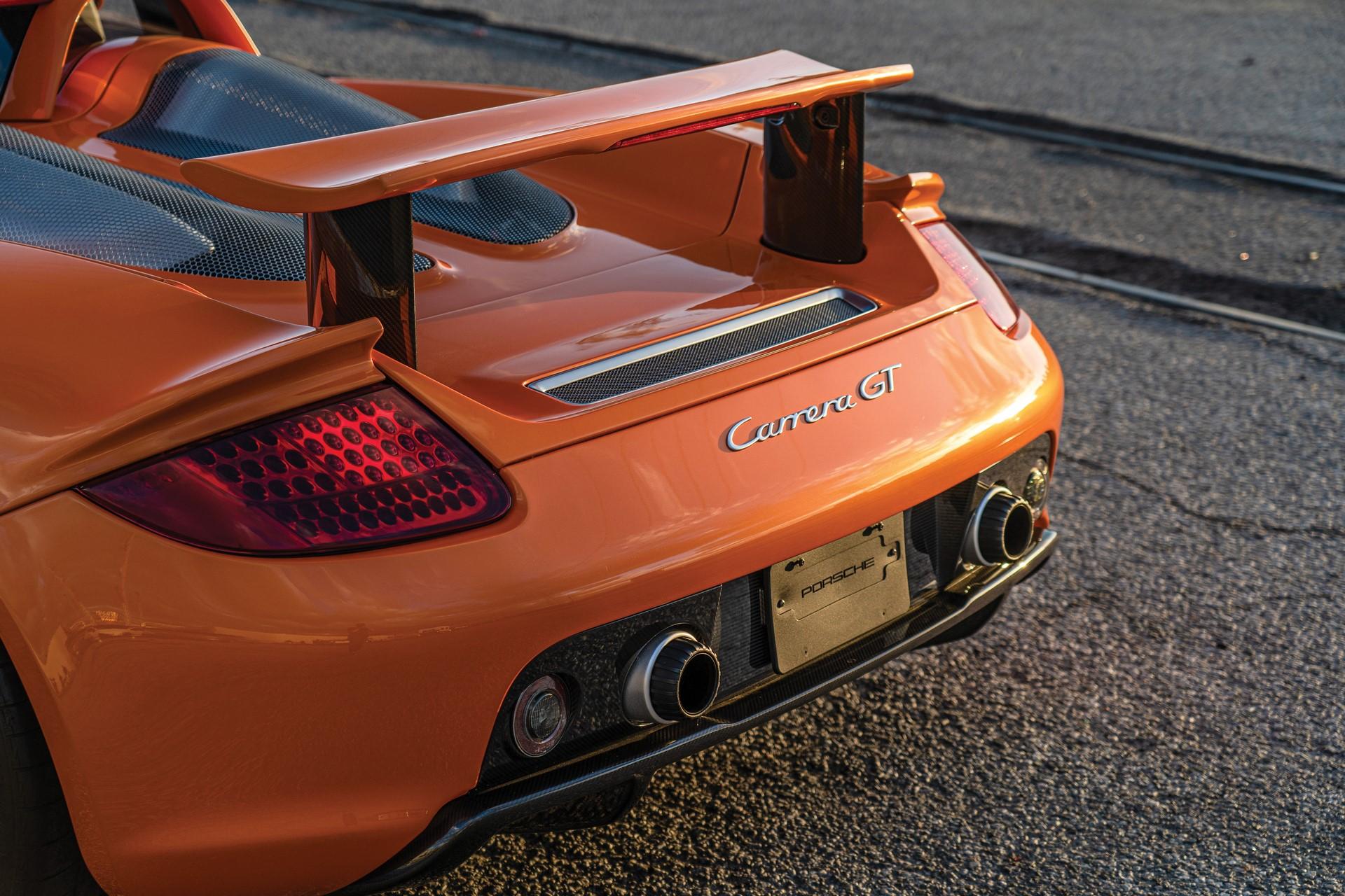 2005-Porsche-Carrera-GT-_8