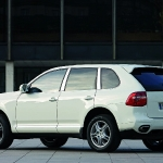 porsche-cayenne-with-diesel-engine.jpg
