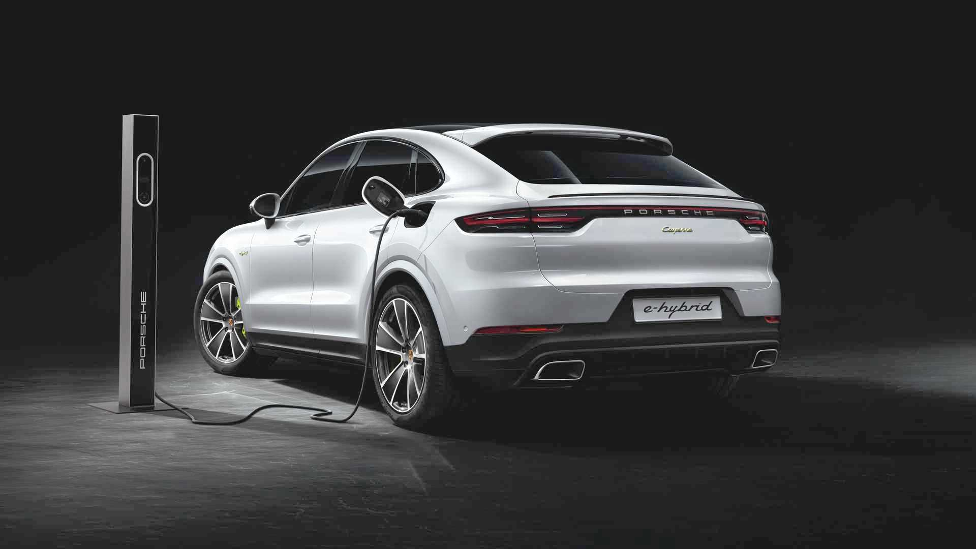 2020-porsche-cayenne-turbo-s-e-hybrid-coupe-turbo-s-e-hybrid-and-coupe-e-hybrid