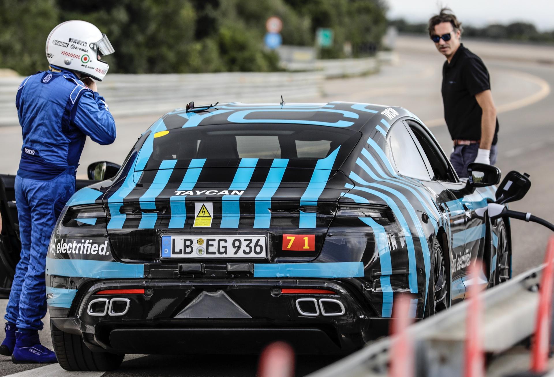 Porsche_Taycan_Nardo_0004