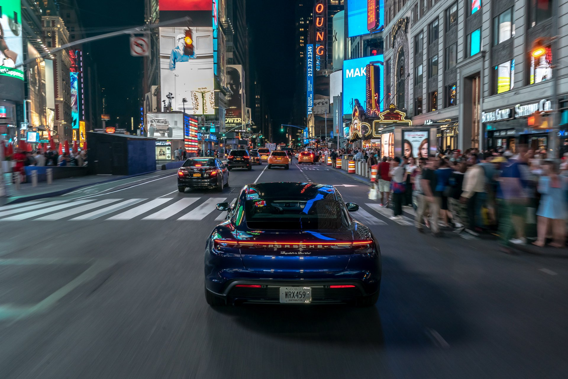 Porsche-Taycan-Niagara-Falls-to-New-York-6