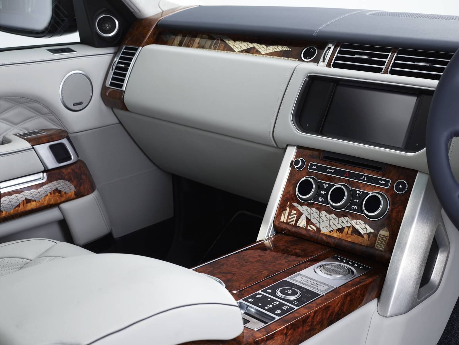 One Off Range Rover London Edition By Overfinch Autoblog Gr