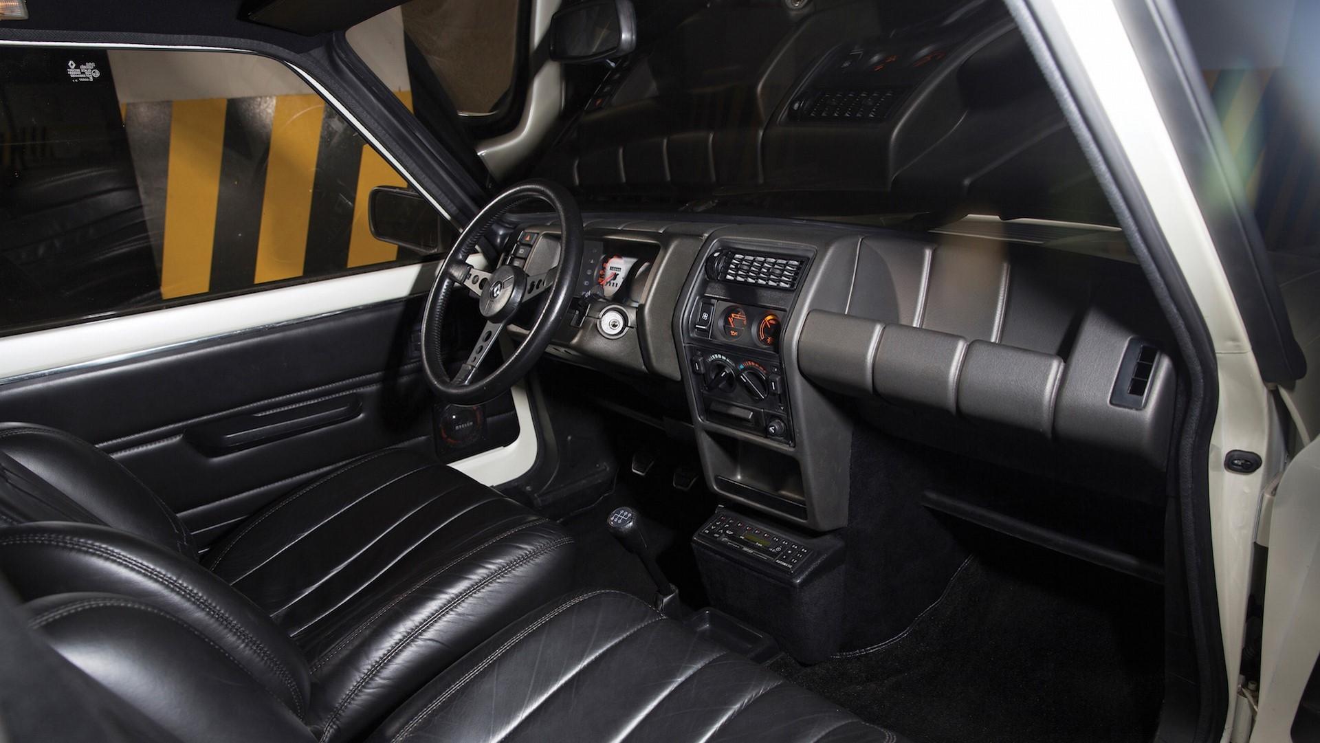 1983-renault-5-turbo-ii-auction (13)
