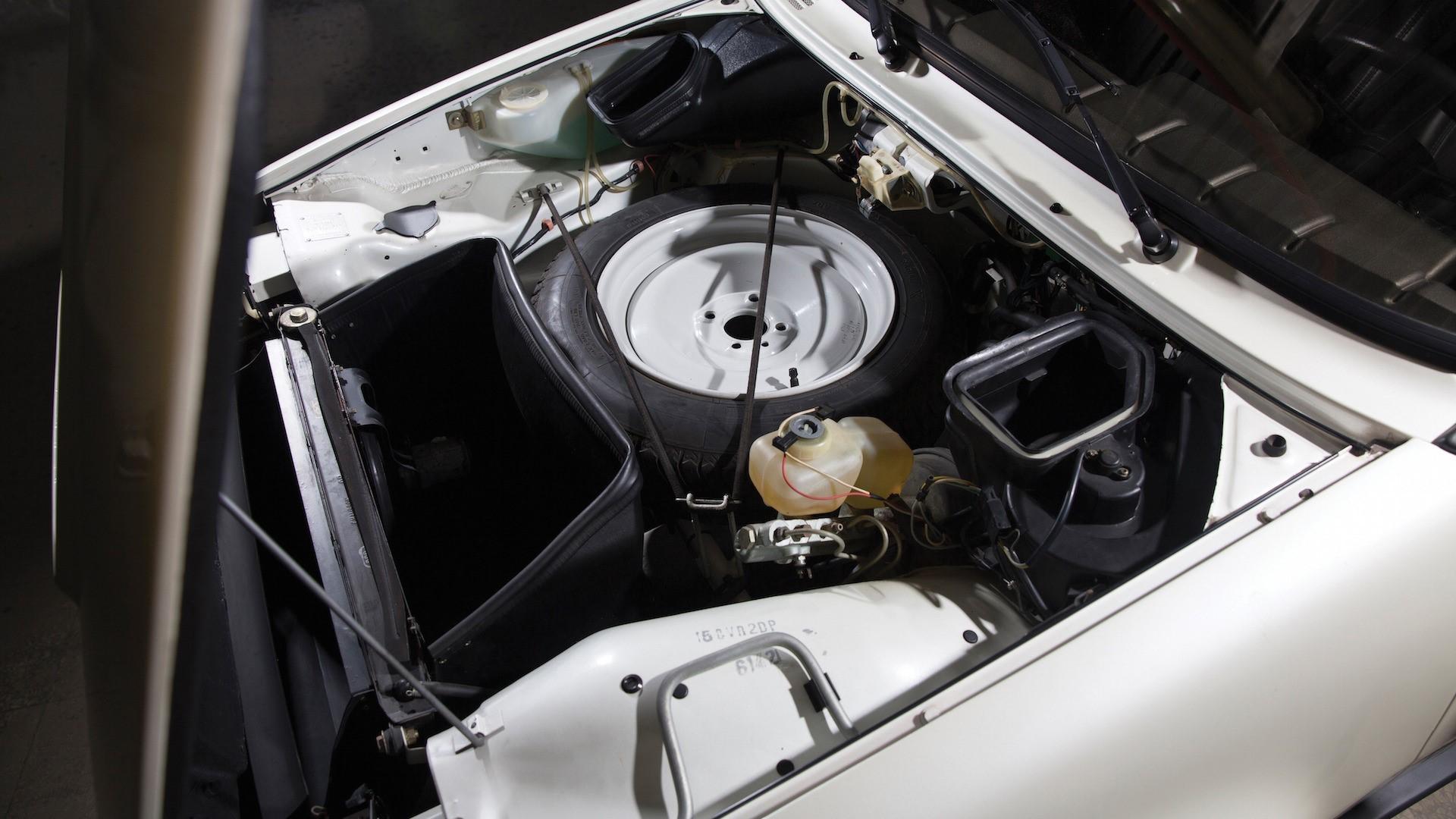 1983-renault-5-turbo-ii-auction (23)
