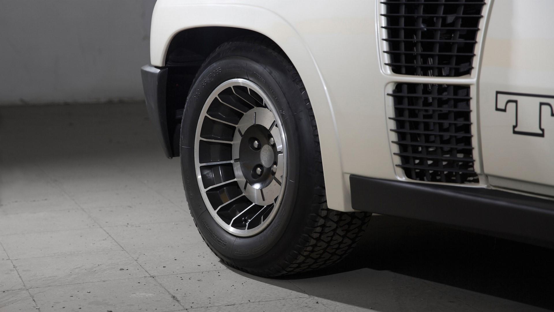 1983-renault-5-turbo-ii-auction (6)