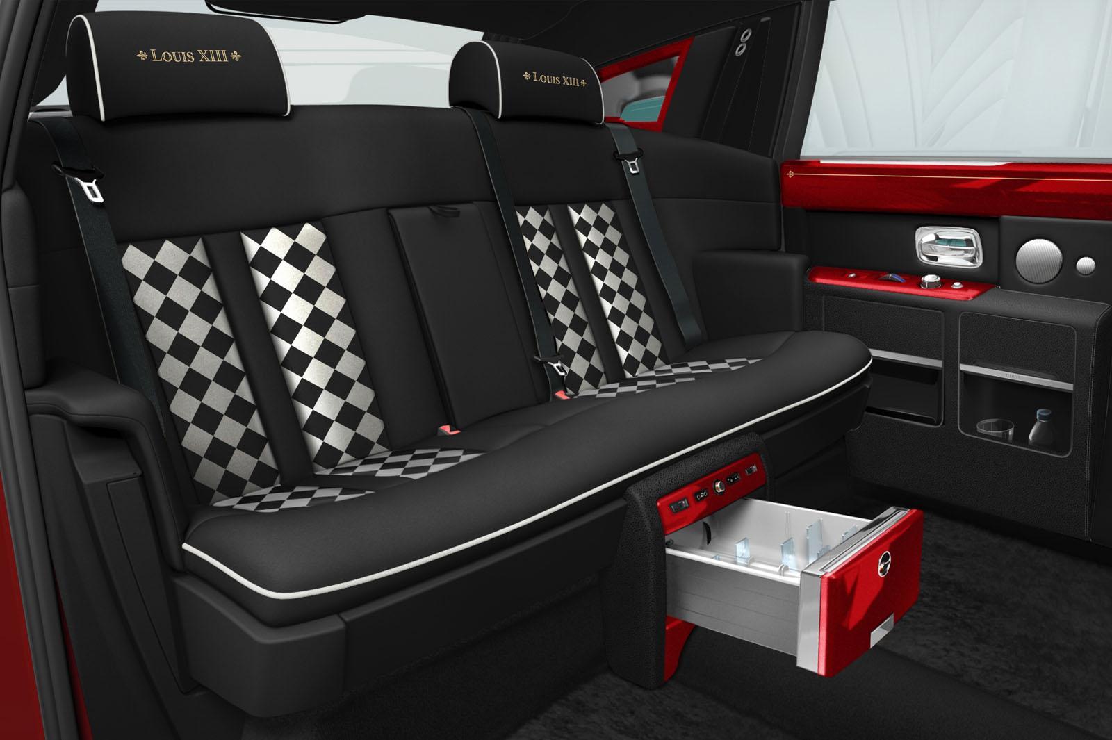 Rolls-Royce Phantom for The 13 hotel (6)