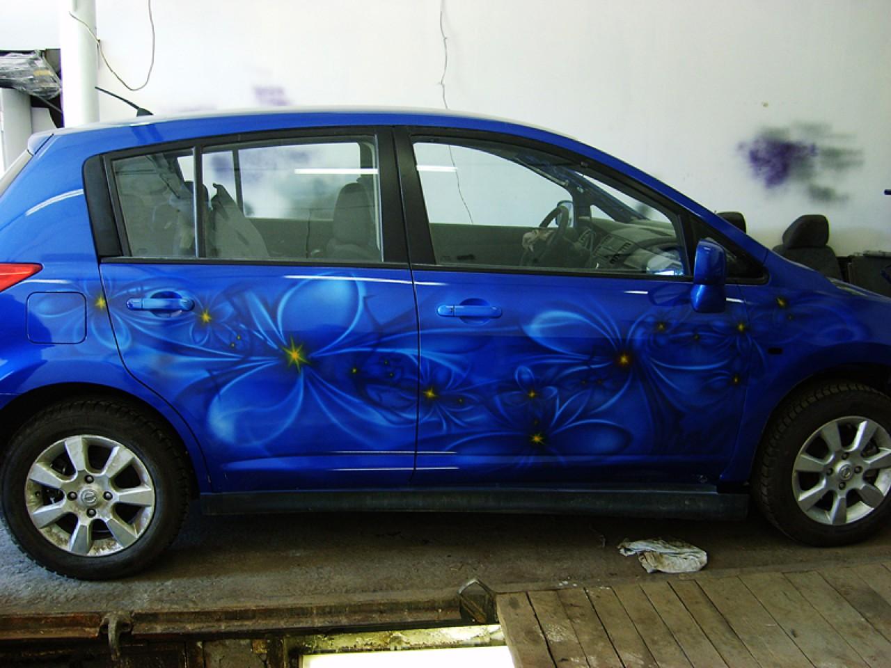 سيارات رائعة بلوحات فنية طبيعية اروع Russia-airbrush-cars-1