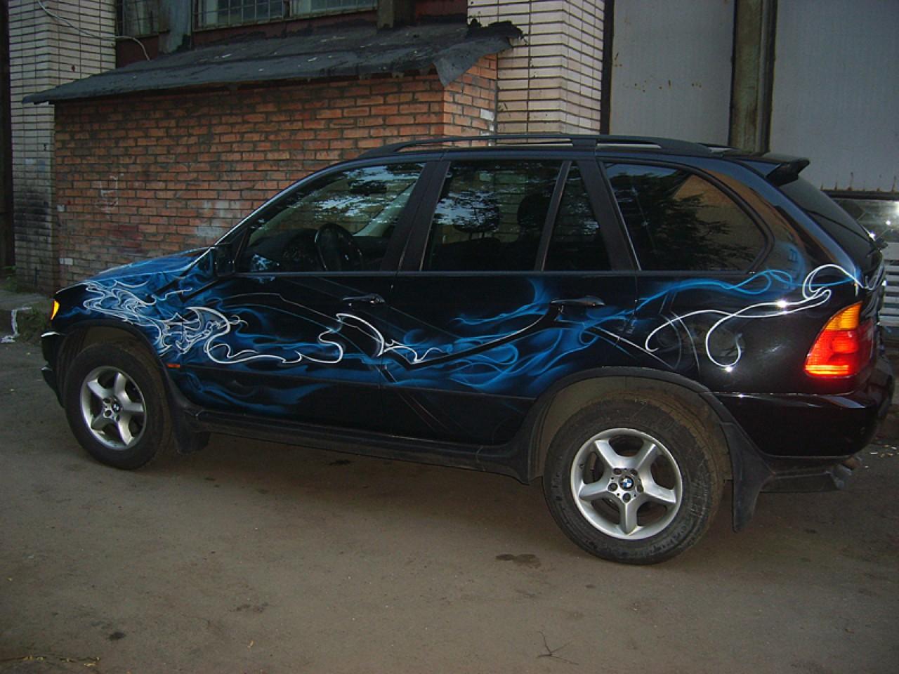 سيارات رائعة بلوحات فنية طبيعية اروع Russia-airbrush-cars-19