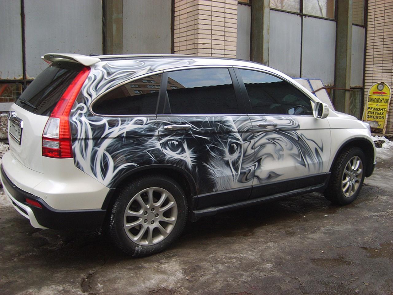 سيارات رائعة بلوحات فنية طبيعية اروع Russia-airbrush-cars-20