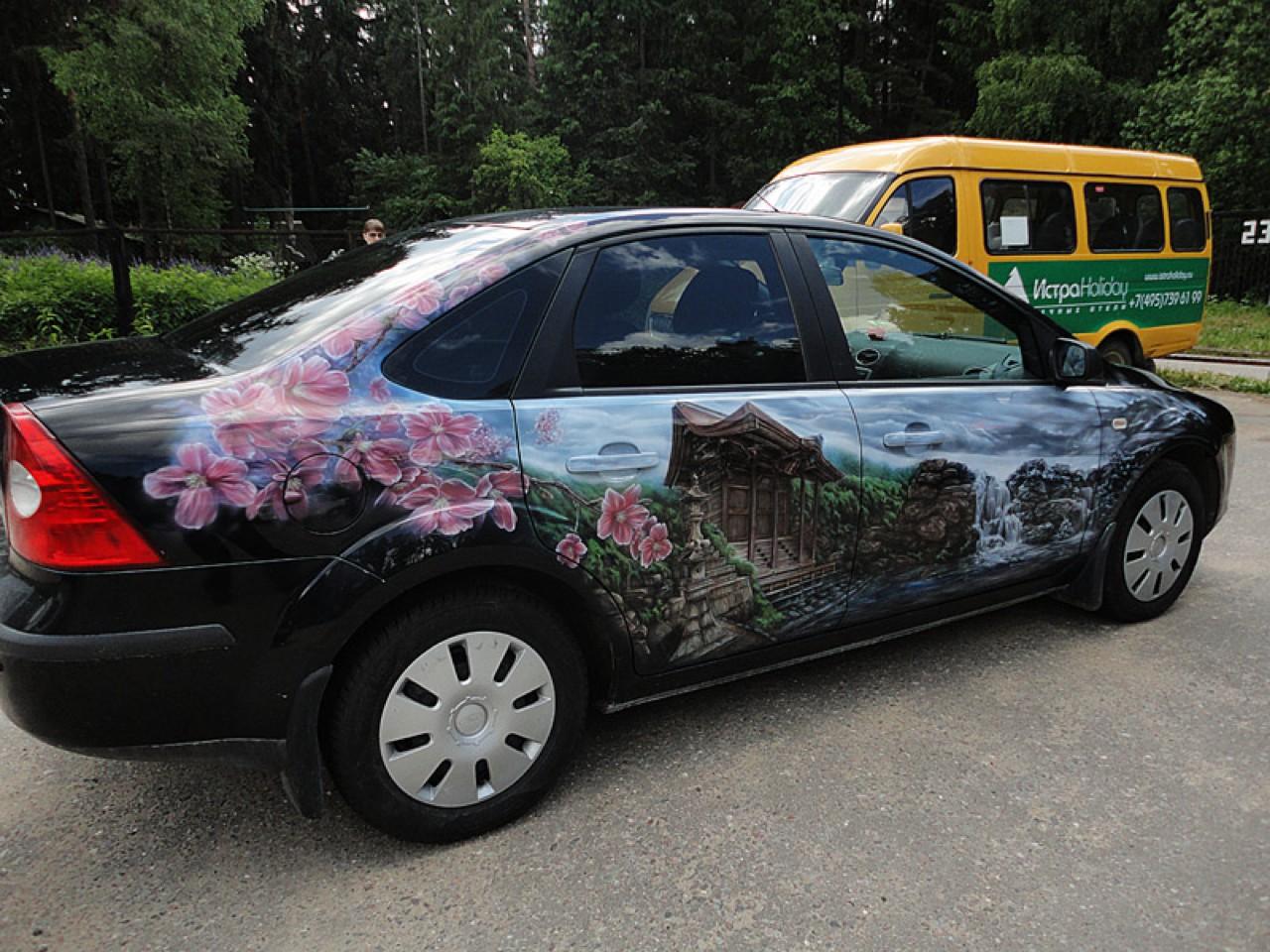سيارات رائعة بلوحات فنية طبيعية اروع Russia-airbrush-cars-30