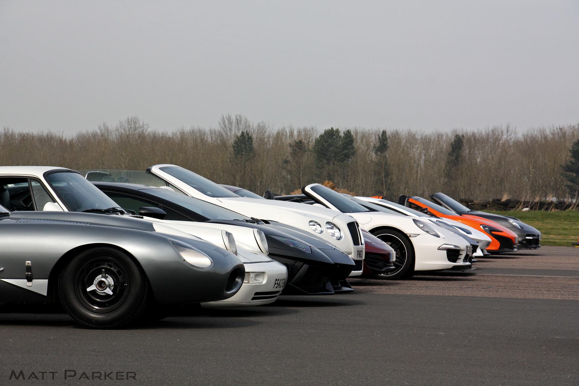Αυτό το απίστευτο supercar meeting θα κάνει το