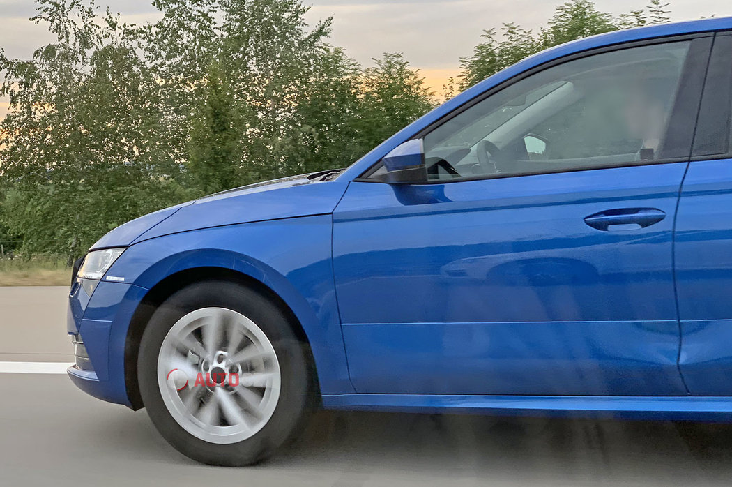 Skoda-Octavia-2020-spy-photos-12