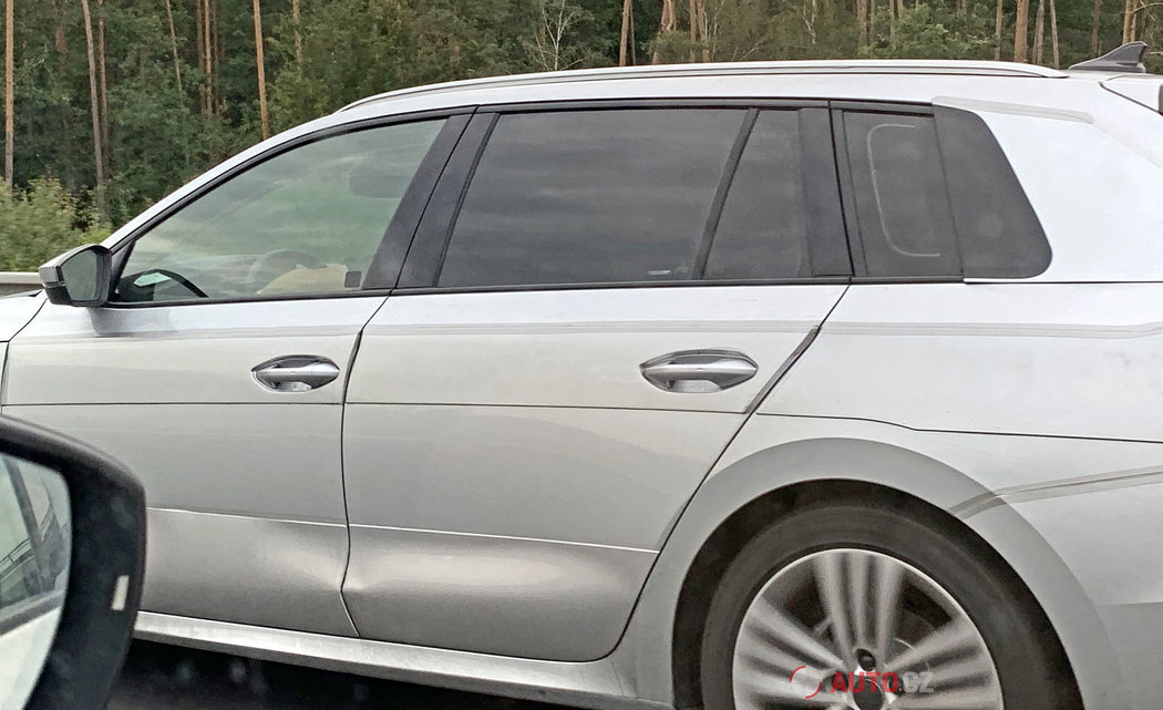 Skoda-Octavia-2020-spy-photos-19