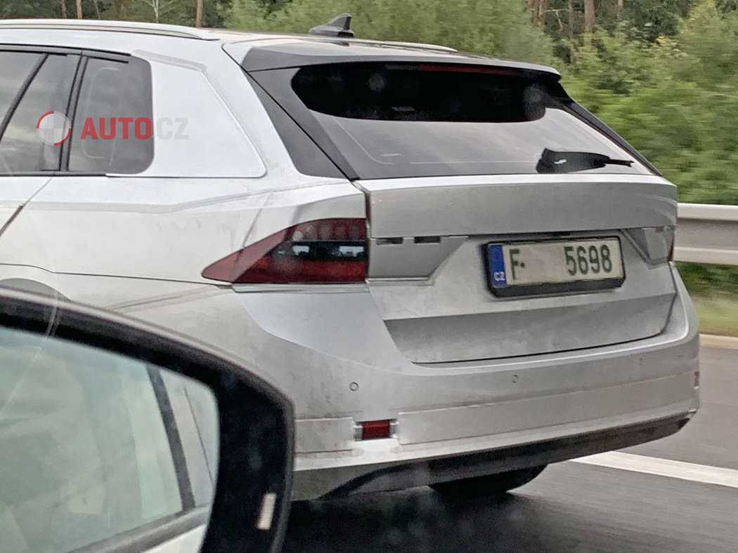 Skoda-Octavia-2020-spy-photos-24