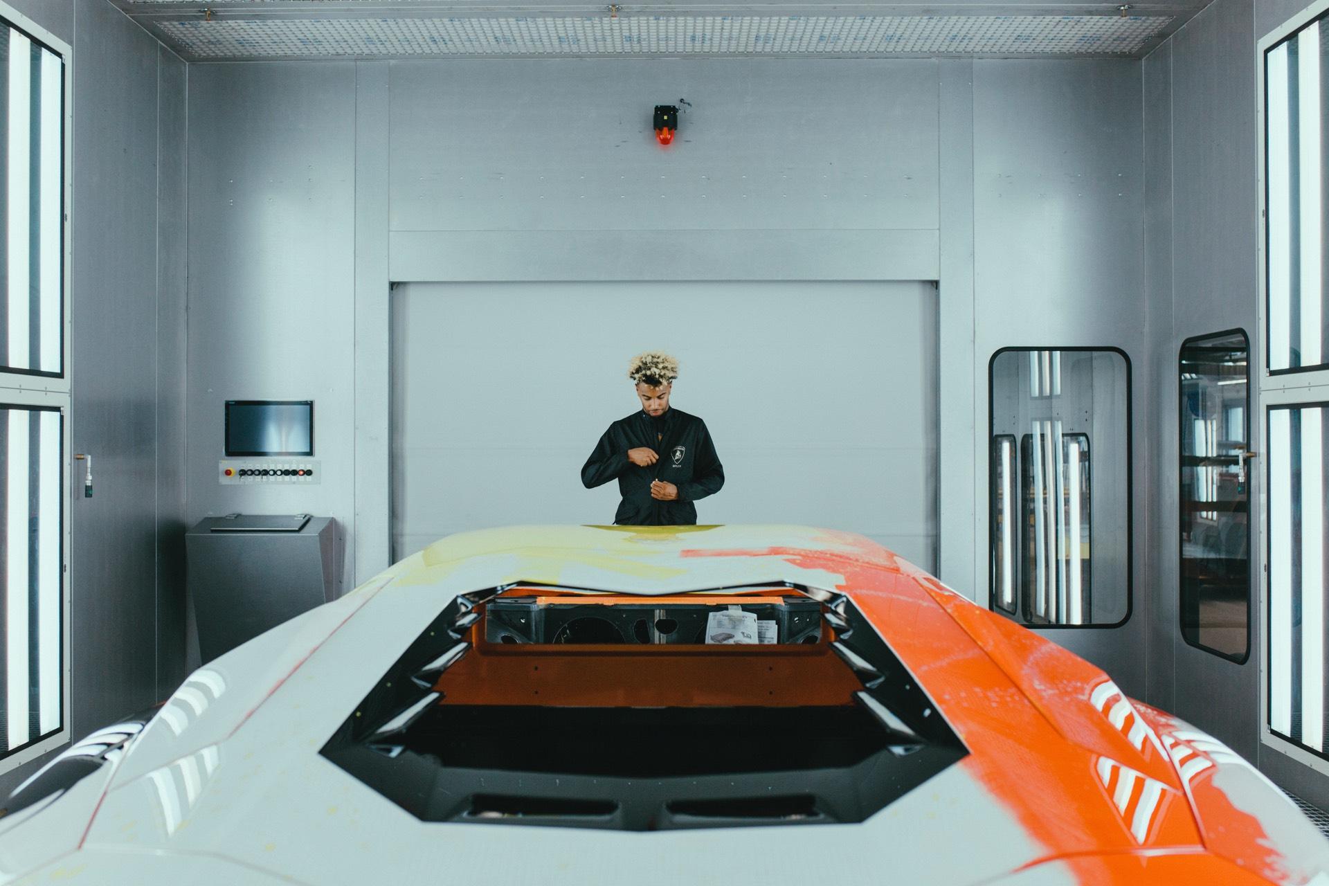Skyler-Grey-Lamborghini-Aventador-S-Art-Car11