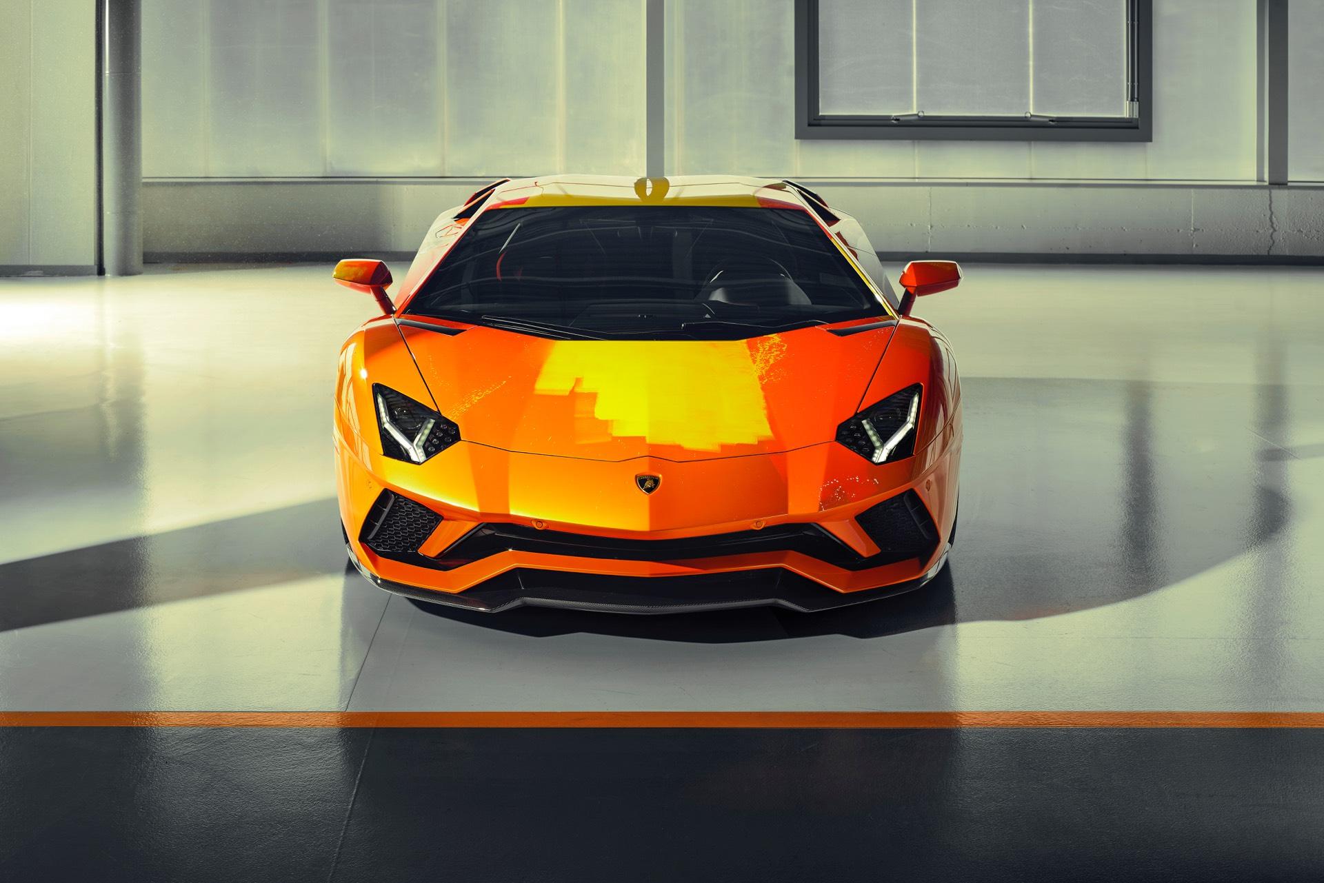 Skyler-Grey-Lamborghini-Aventador-S-Art-Car20