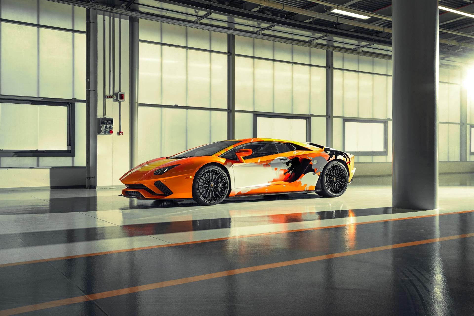 Skyler-Grey-Lamborghini-Aventador-S-Art-Car23