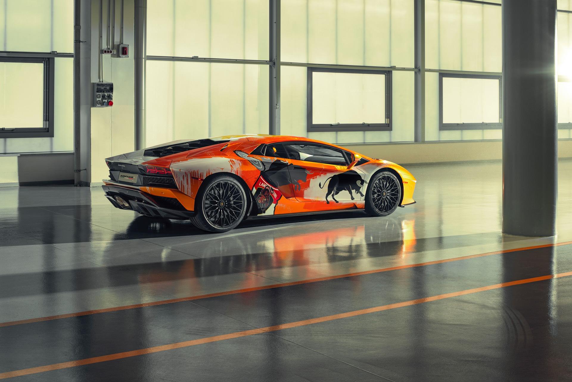 Skyler-Grey-Lamborghini-Aventador-S-Art-Car24