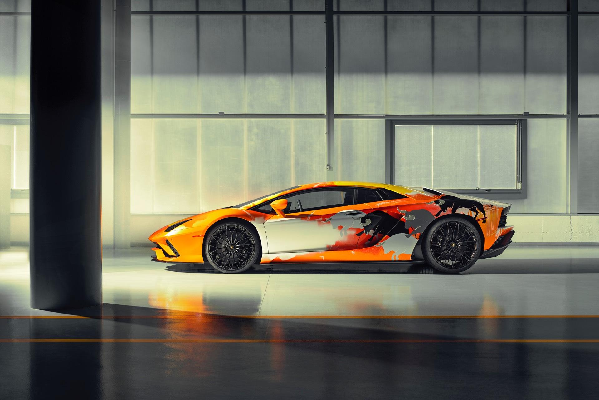 Skyler-Grey-Lamborghini-Aventador-S-Art-Car25
