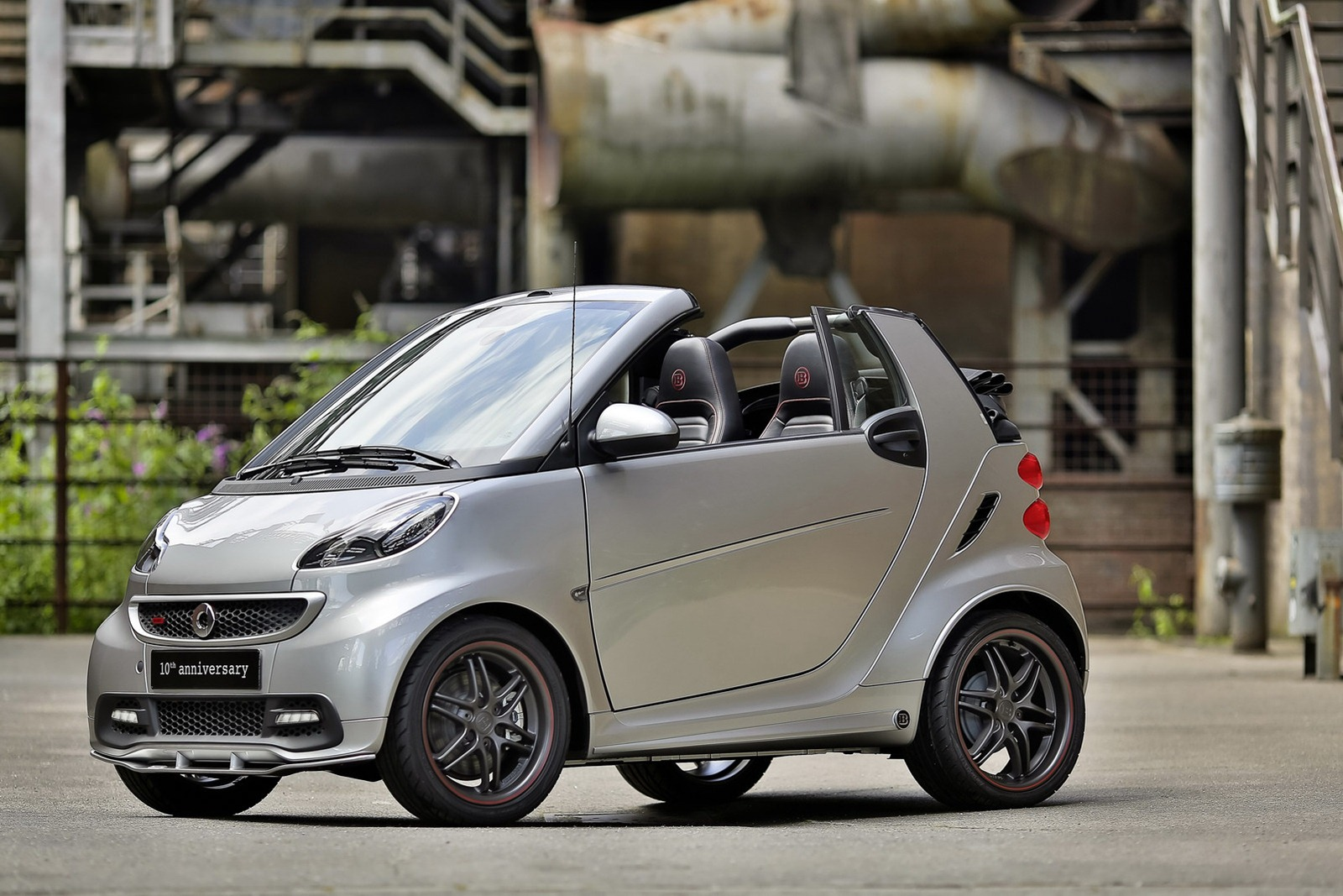 smart fortwo brabus 10th anniversary edition. Black Bedroom Furniture Sets. Home Design Ideas