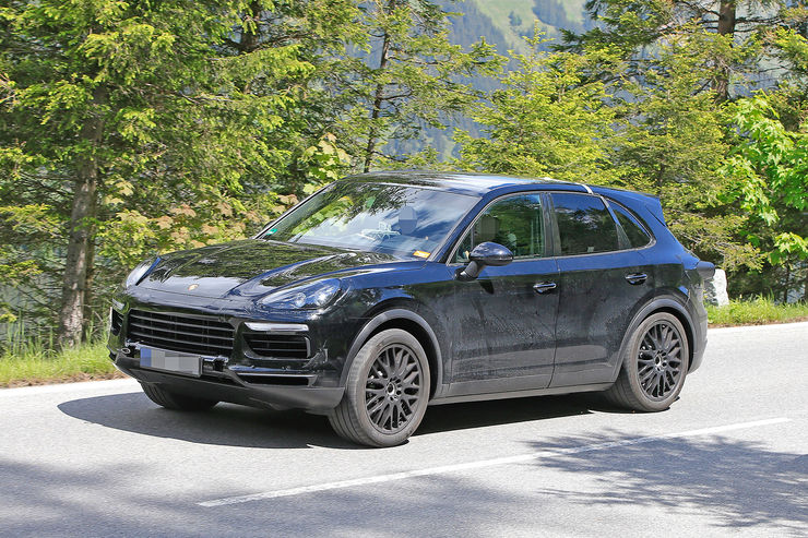 Spy_Photos_Porsche_Cayenne_01