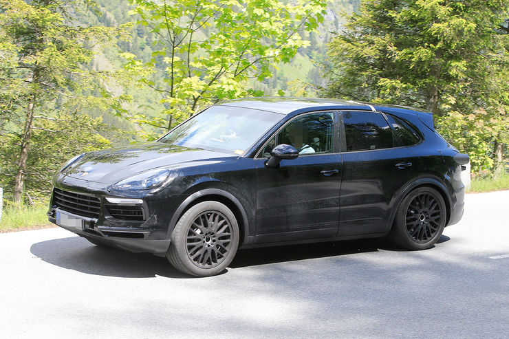 Spy_Photos_Porsche_Cayenne_08