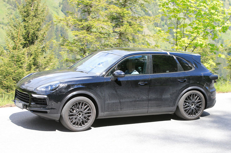 Spy_Photos_Porsche_Cayenne_09