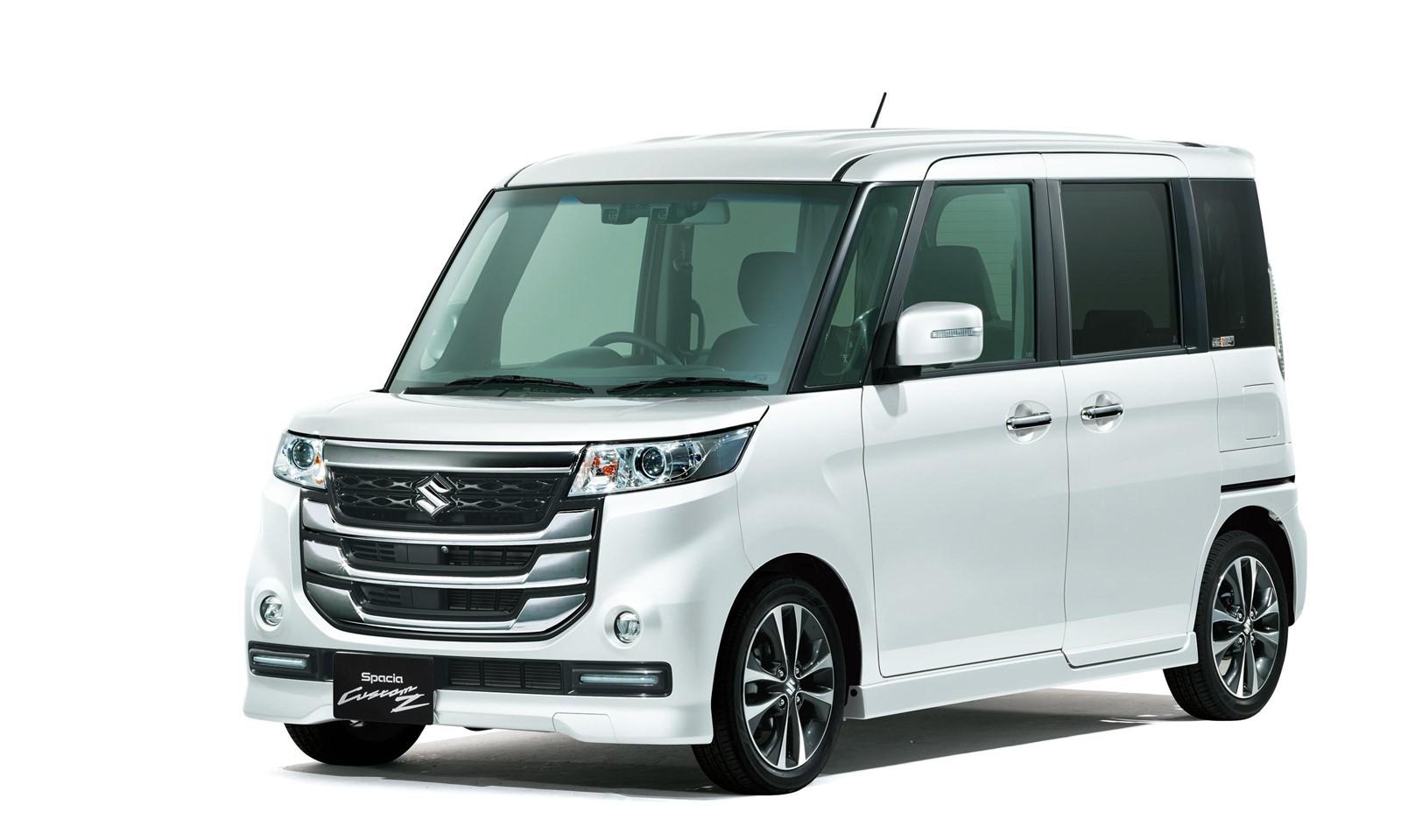 Suzuki Spacia Custom Z-1