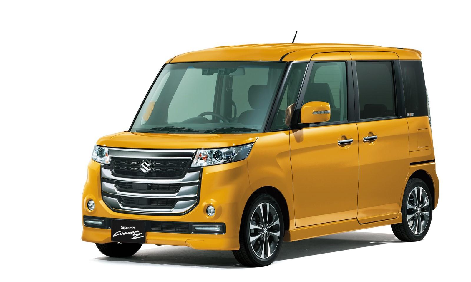 Suzuki Spacia Custom Z-6
