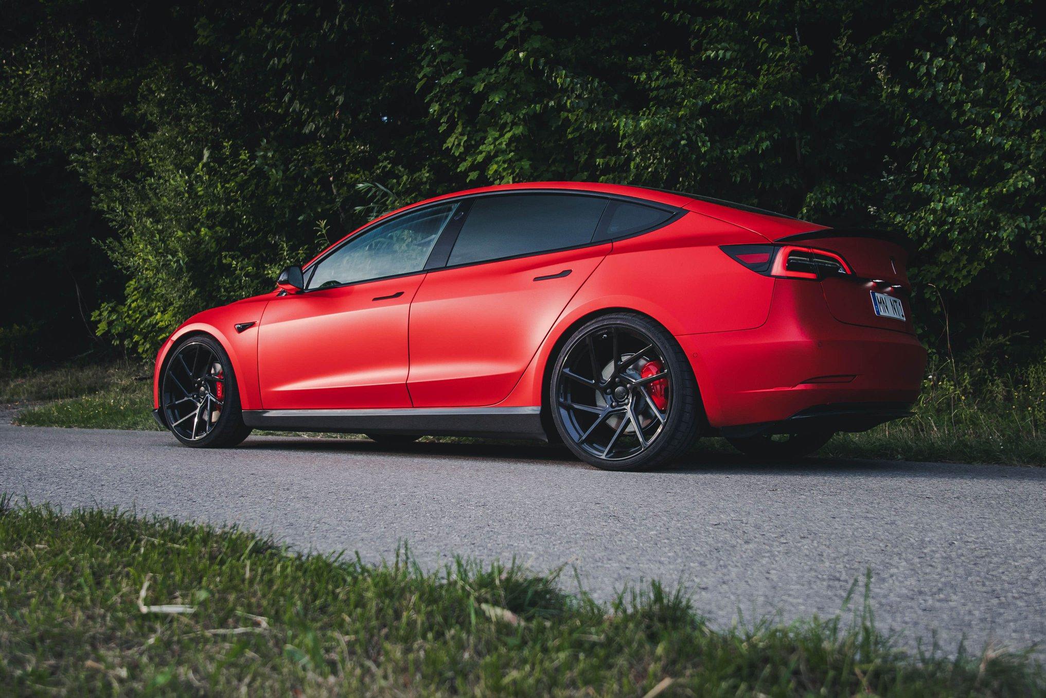 Tesla-Model-3-by-Novitec-18