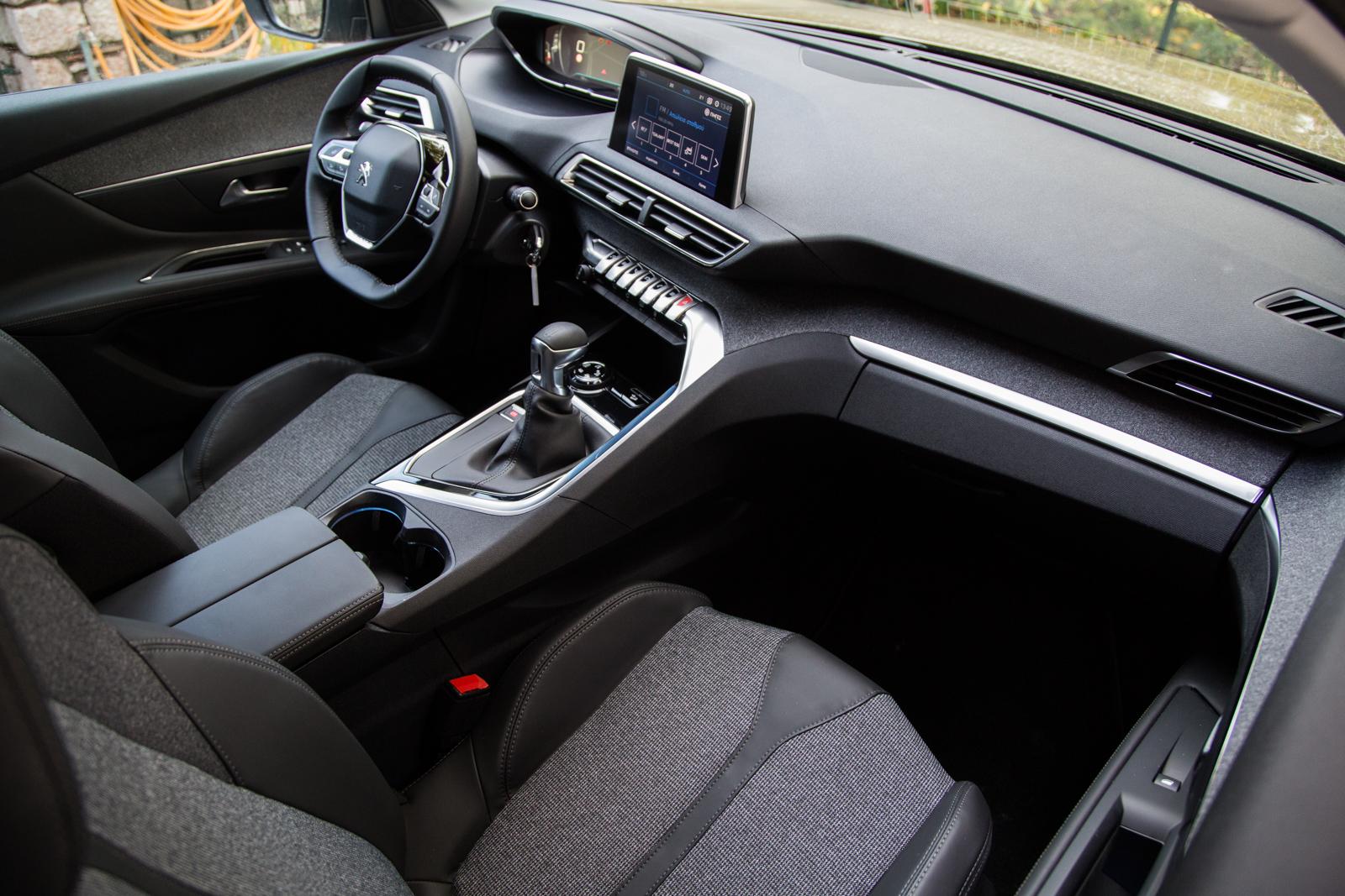 Test_Drive_Peugeot_3008_1.6_BlueHDi_67