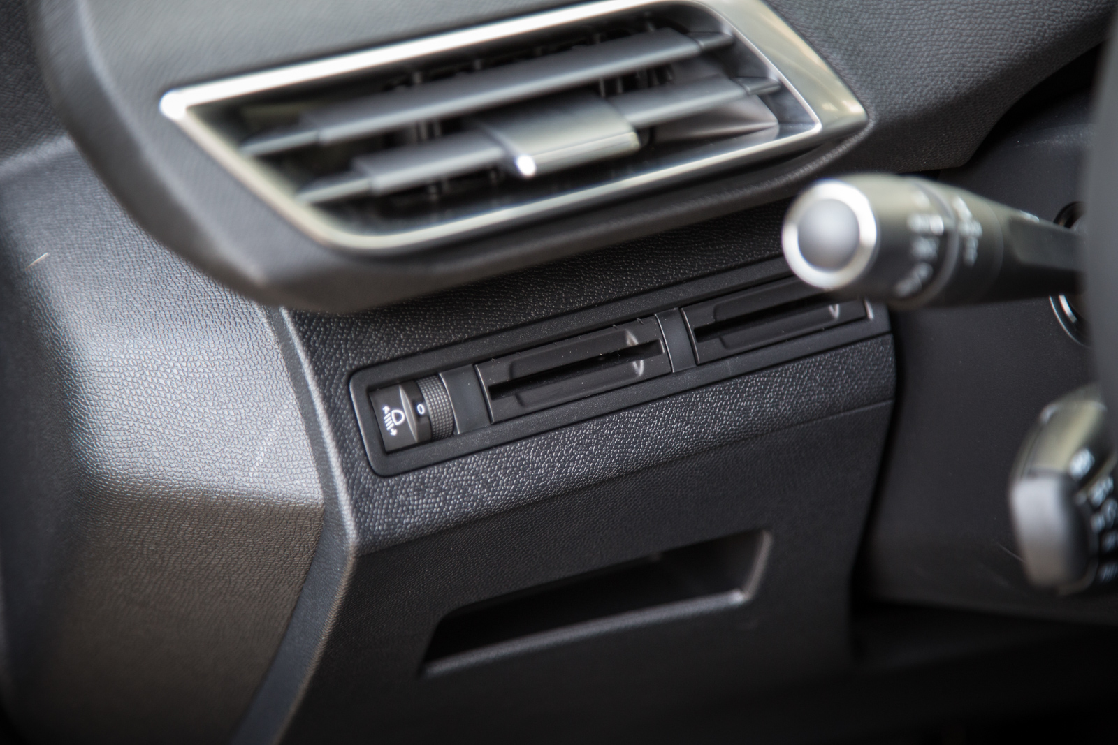 Test_Drive_Peugeot_3008_1.6_BlueHDi_73