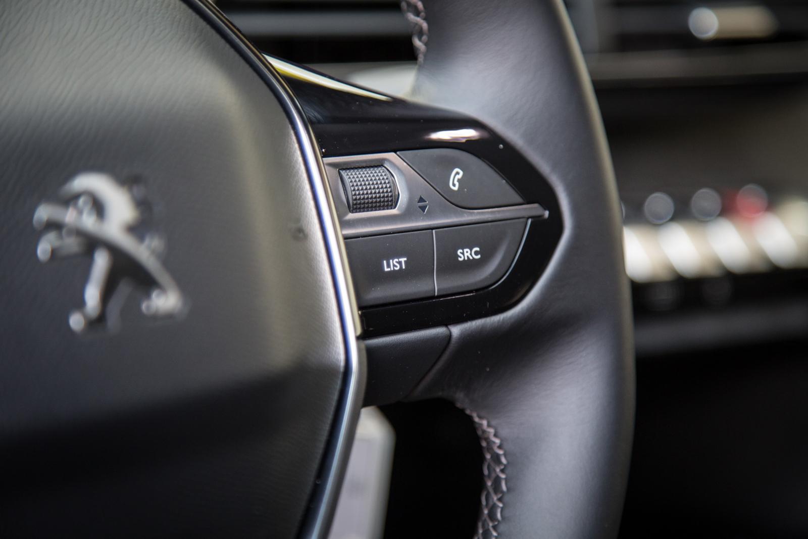 Test_Drive_Peugeot_3008_1.6_BlueHDi_74