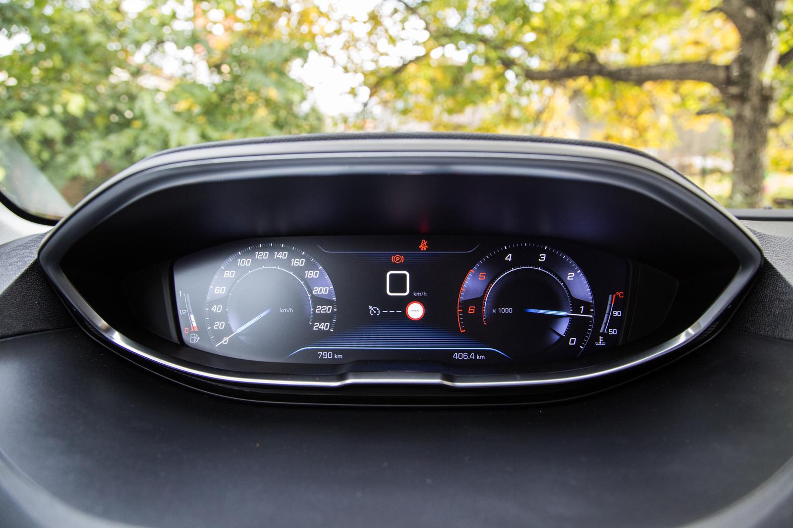 Test_Drive_Peugeot_3008_1.6_BlueHDi_85