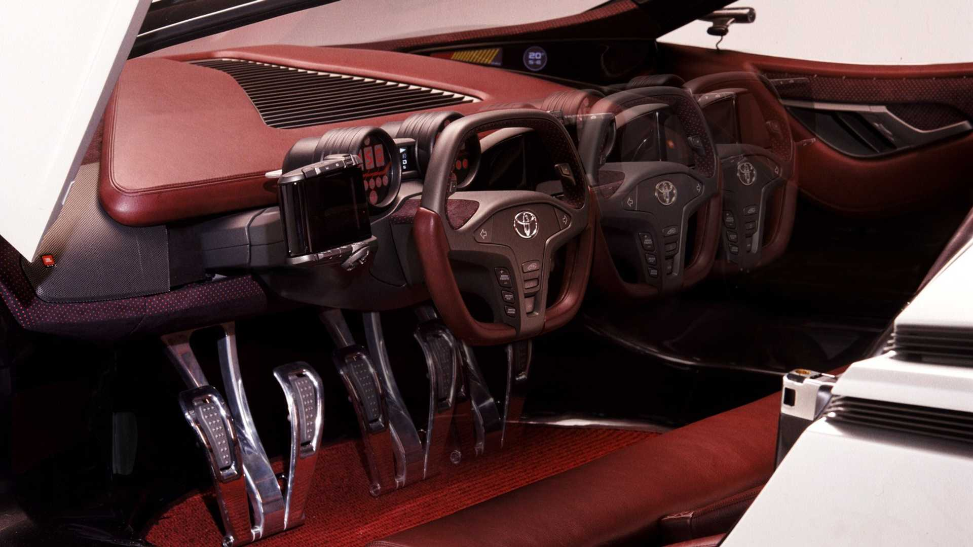 Toyota-Alessandro-Volta-concept-2004-22