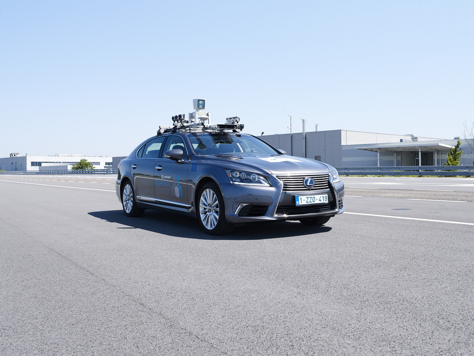 Toyota-Autonomous-Europe-Lexus-LS-4